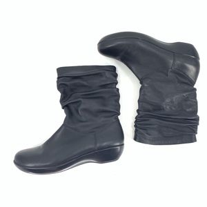 Dansko Black Leather Boots Short Pull On